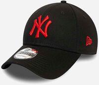 A 940 MLB League Essential